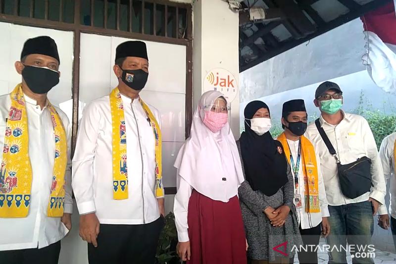 Pemkot Jakbar resmikan 636 titik JakWifi untuk siswa belajar daring