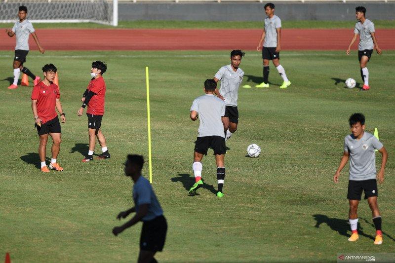 Ketua Umum PSSI minta timnas U-19 tak hiraukan isu naturalisasi pemain