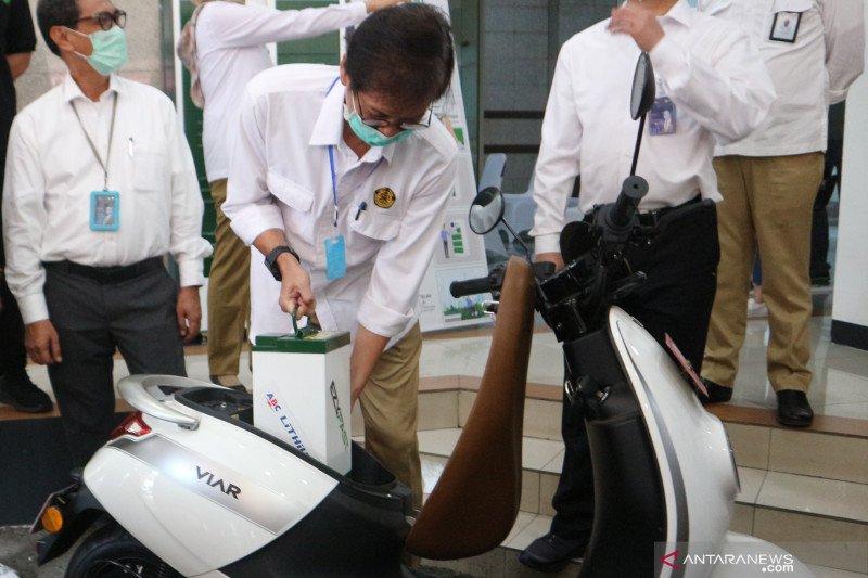 MIND ID sebut pabrik baterai kendaraan listrik beroperasi 2023