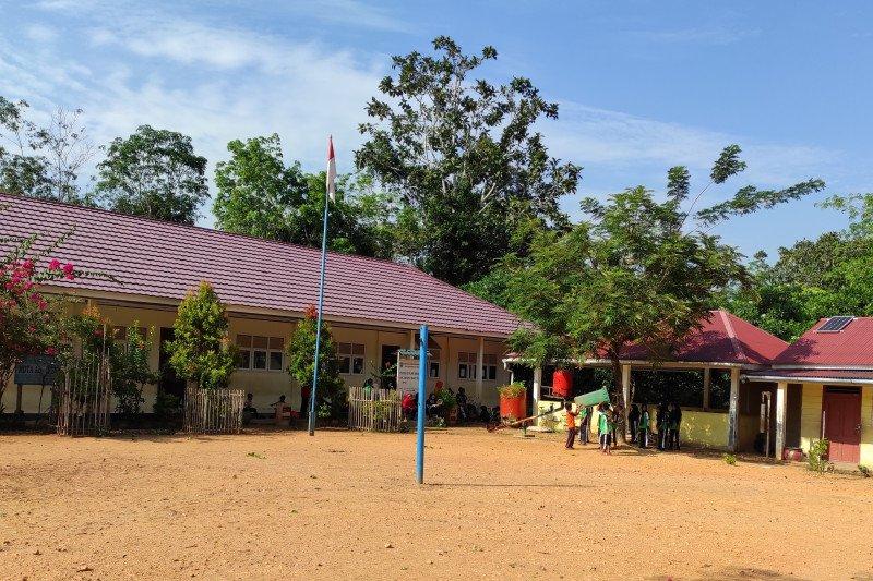 Secercah harapan anak Talang Mamak kembali bersekolah