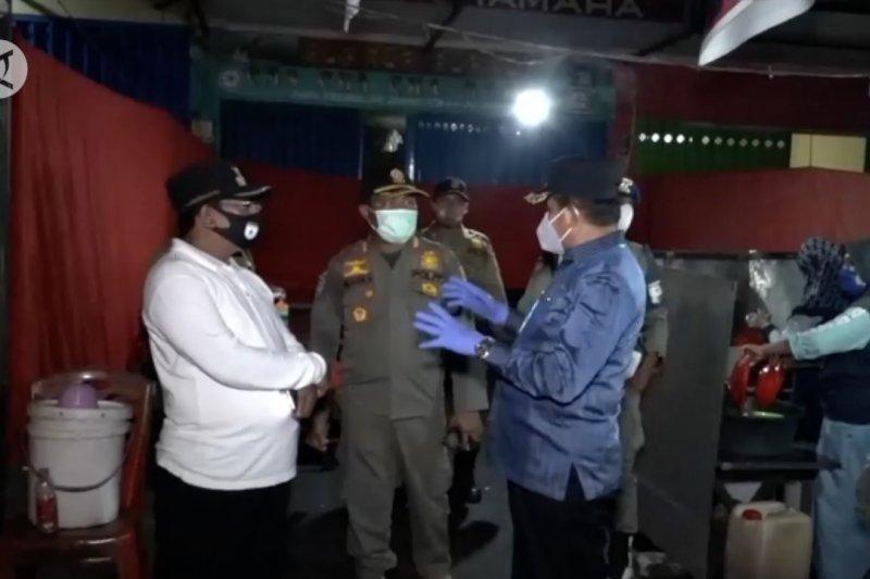 Jayapura tertibkan kegiatan ekonomi di malam hari