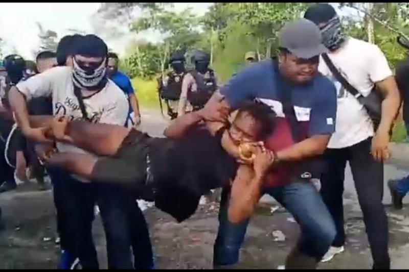Polisi tangkapdua orangterduga pelaku pembunuhan di Yahukimo