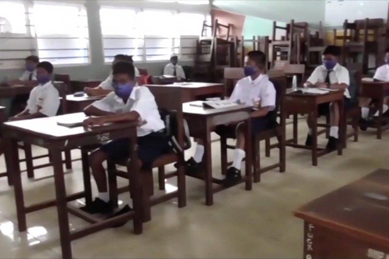 Kemendikbud: Ratusan siswa terpapar COVID-19 di Papua bukan karena pembukaan sekolah