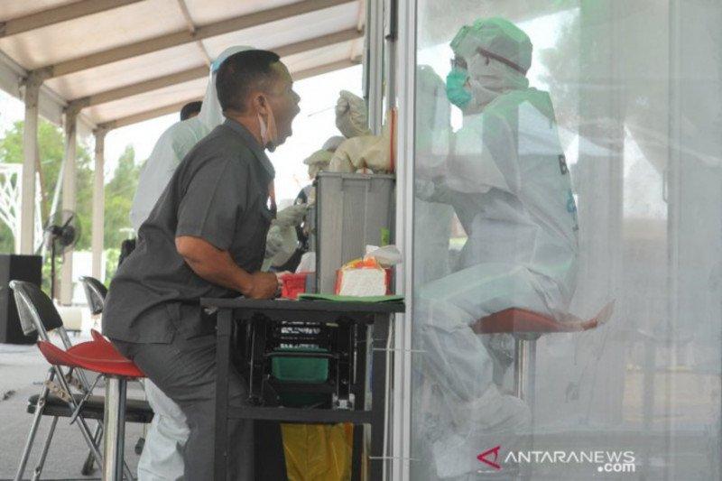 BTKLPP Palembang lakukan tes usap COVID-19 di lima kabupaten/kota
