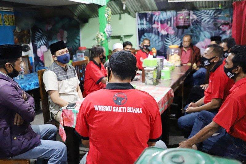 Gus Hans blusukan jelang turunnya rekom Bacawali Surabaya dari PDIP