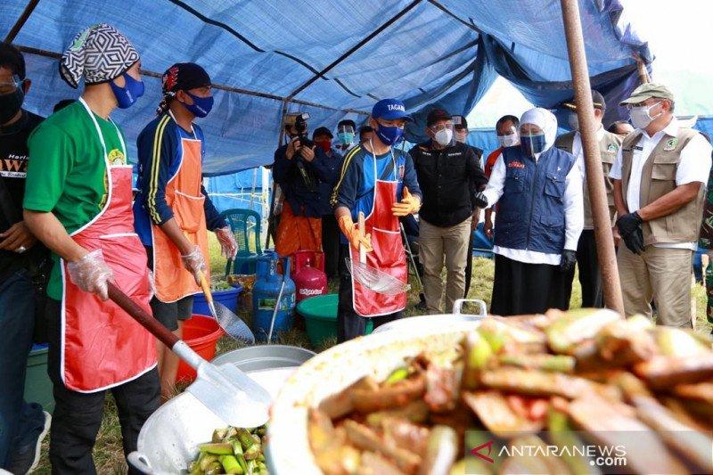 Khofifah pastikan bantu santri positif COVID-19 di Banyuwangi