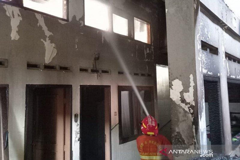 Objek bangunan yang terbakar di Pondok Kelapa merupakan rumah warga