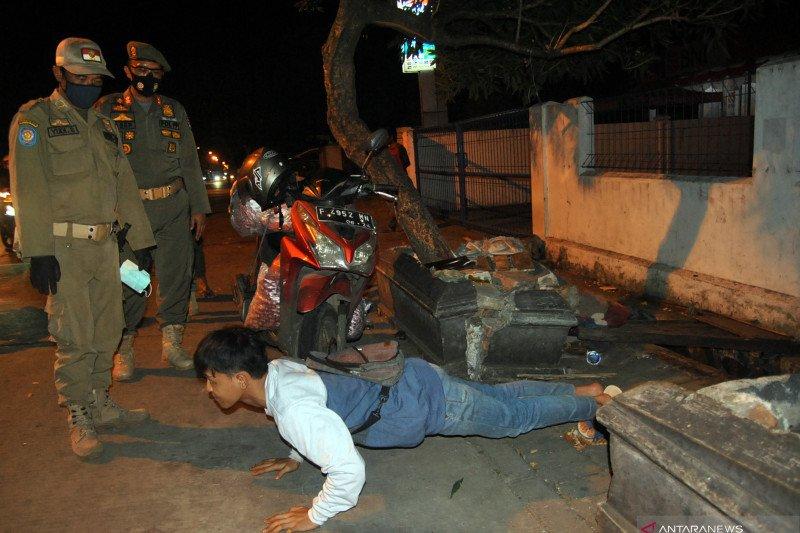 Satgas Pusat apresiasi penerapan jam malam di Depok dan Bogor