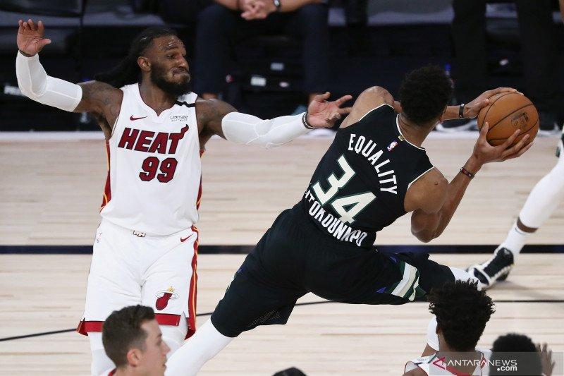 NBA: Miami Heat memimpin 2-0 setelah kalahkan Milwaukee Bucks 116 - 114