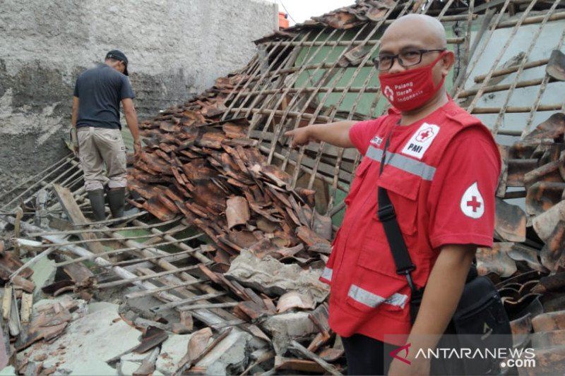 Gempa magnitudo 3,2 sebabkan satu rumah ambruk di Sukabumi