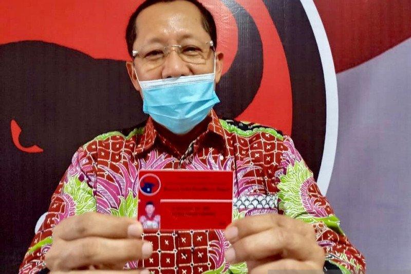 Bacabup Tuban Setiajit resmi kader PDIP usai dapat KTA