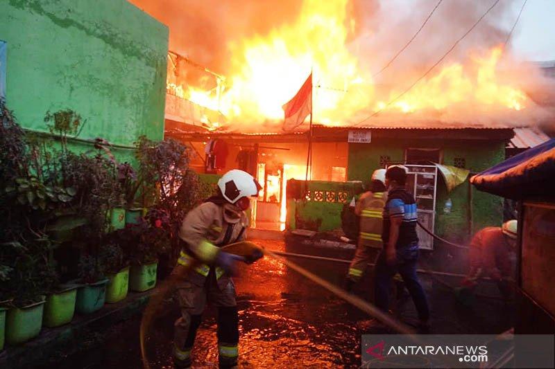 Sepuluh rumah terbakar di Bali Mester Jakarta Timur