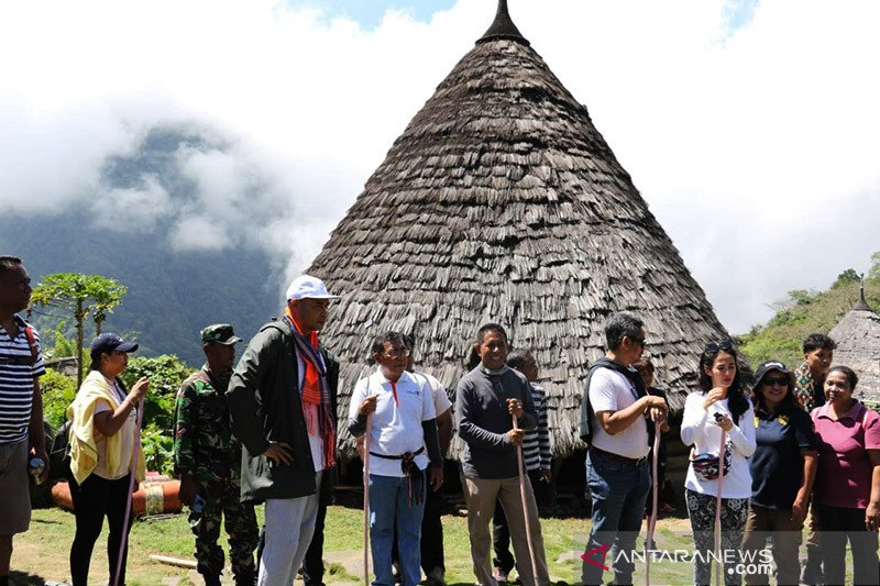 Gubernur NTT minta keaslian kampung adat Wae Rebo dipertahankan