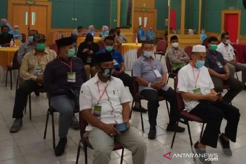 34 Bapaslon Riau ikut tes kesehatan dan uji usap tenggorokan
