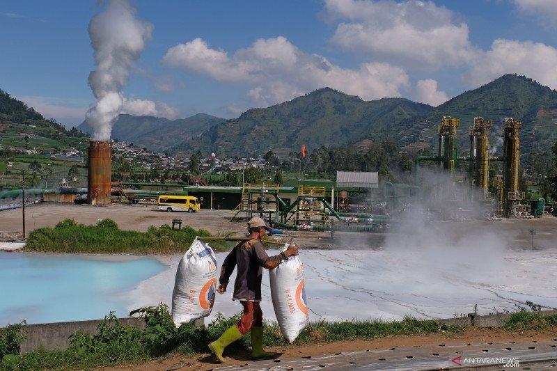 Kementerian ESDM akan evaluasi delapan lapangan panas bumi