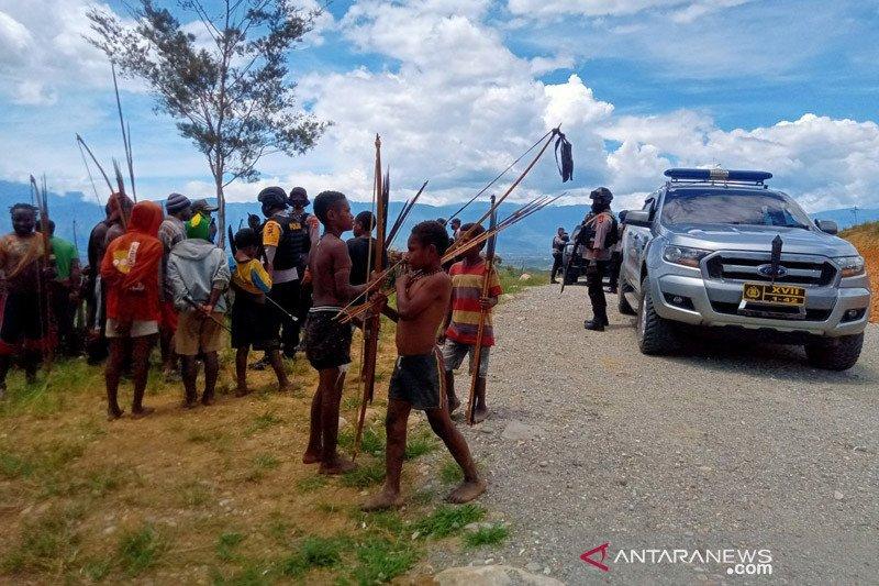 Lima orang terkena anak panah saat perang antarkampung di Jayawijaya