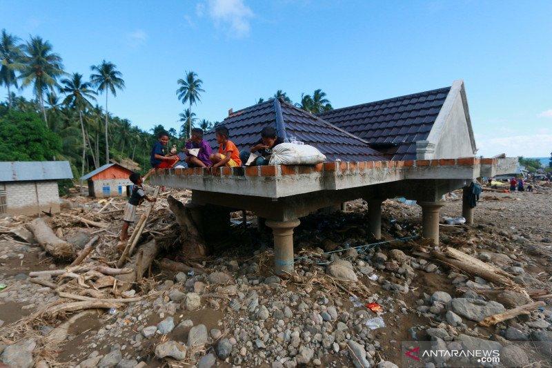 Bencana banjir dan tanah longsor di Bulawa