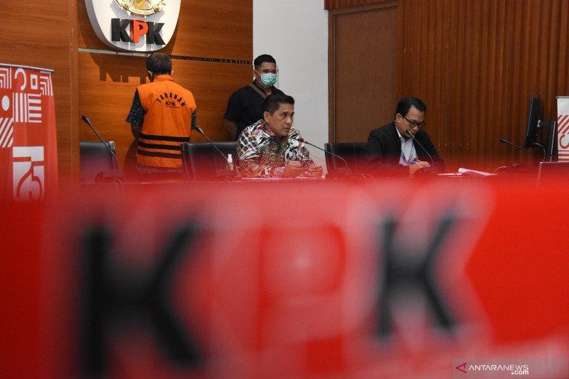 KPK  tahan mantan Kabid PPBKD Kabupaten Subang