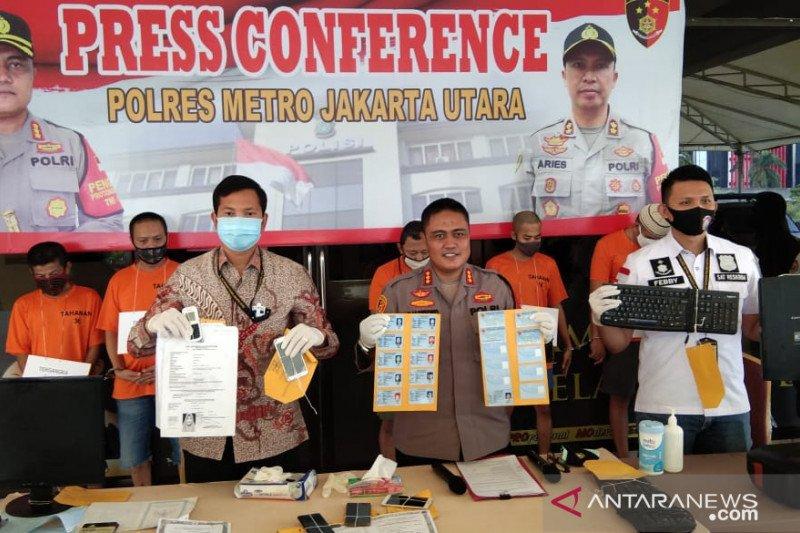 Polres Jakarta Utara ungkap sindikat pemalsuan KTP elektronik