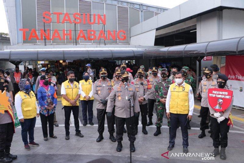 Wakapolri pantau kepatuhan penggunaan masker di Stasiun Tanah Abang