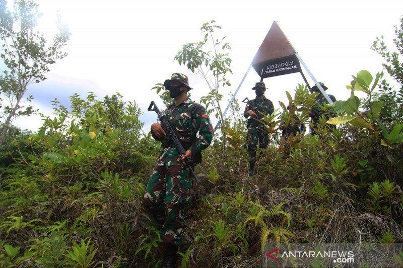 Patroli TNI di perbatasan Indonesia - Malaysia