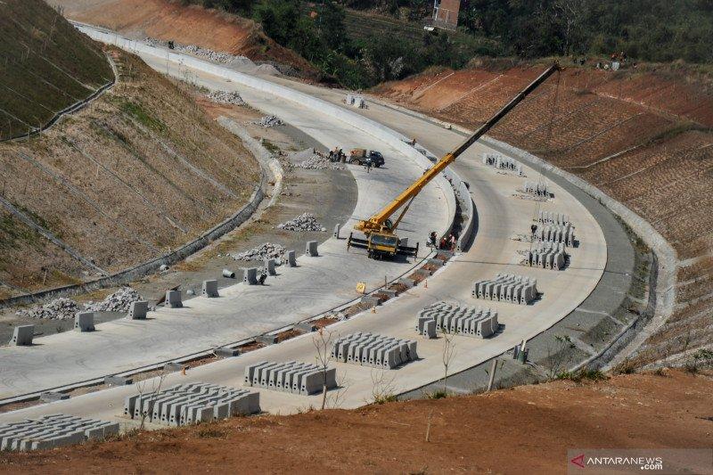 LMAN siap bebaskan lahan 34 proyek jalan tol dan bendungan di 2021