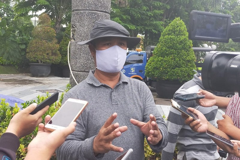 46 Petugas di KPU Surabaya dapat fasilitas