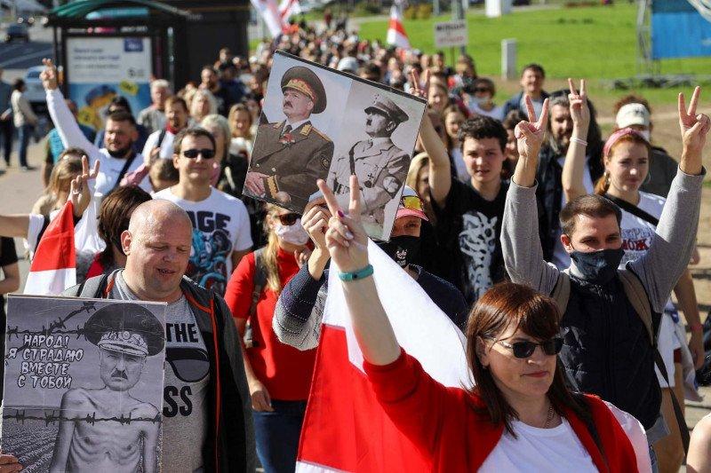 Polisi Belarus tangkap puluhan dokter yang hendak berunjuk rasa