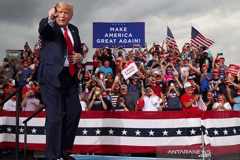 Trump kampanye di Nevada, berupaya ungguli Biden