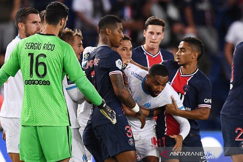 Lima kartu merah warnai kemenangan Marseille atas PSG