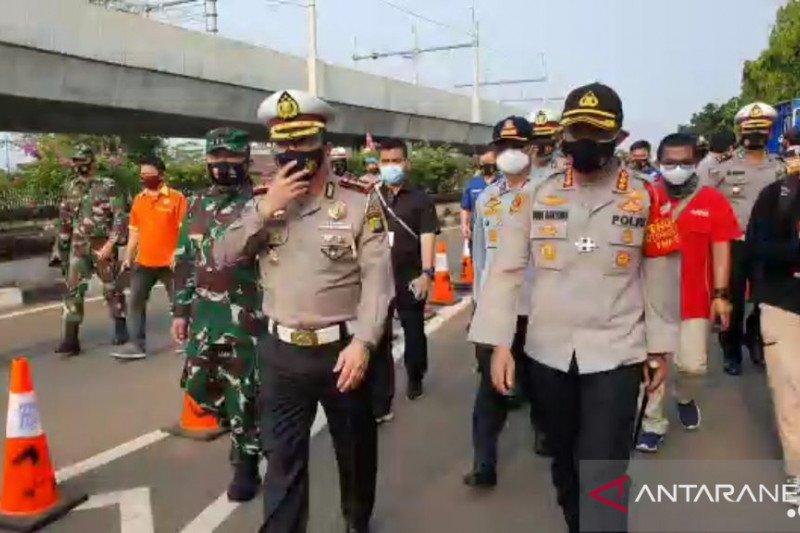 Polda Metro pantau dampak peniadaan  ganjil genap selama PSBB Jakarta