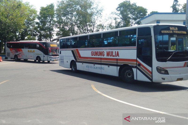 Akibat PSBB Jakarta, arus bus ke Solo turun