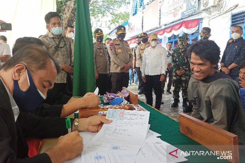 Razia masker di Medan, gubernur-kapolda-pangdam langsung turun tangan