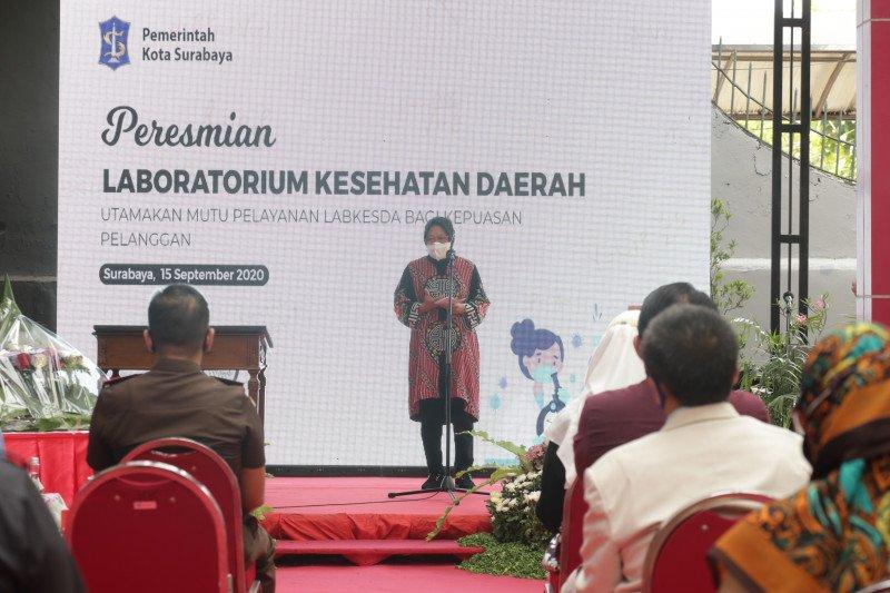 Risma resmikan Labkesda untuk tes usap COVID-19 gratis warga Surabaya
