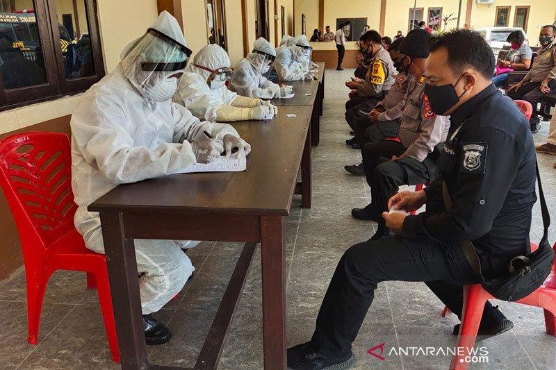 Kontak erat Kapolres Kupang, 39 anggota tes cepat COVID-19