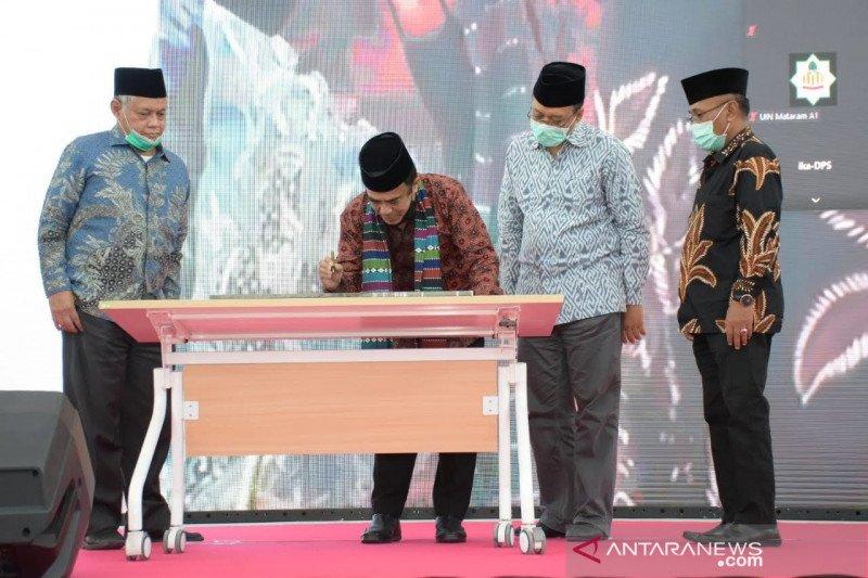 Menag bersama Gubernur NTB resmikan gedung baru UIN Mataram