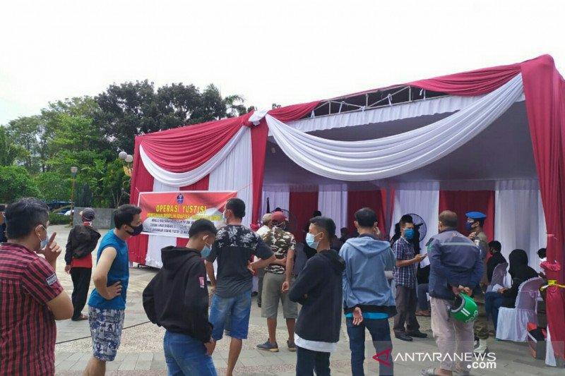 Hari pertama, puluhan warga Palembang terjaring razia masker
