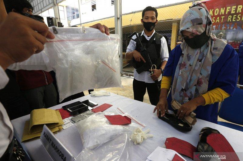 Penangkapan kurir narkotika jaringan internasional