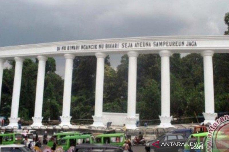 Pemkot Bogor tutup pedestrian lingkar Kebun Raya tekan COVID-19