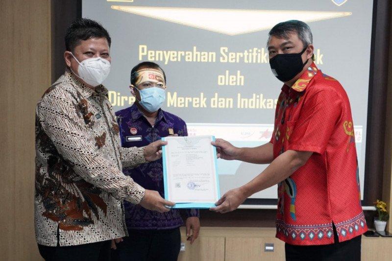 DJKI serahkan 41 merek kepada pelaku usaha di Sulawesi Selatan