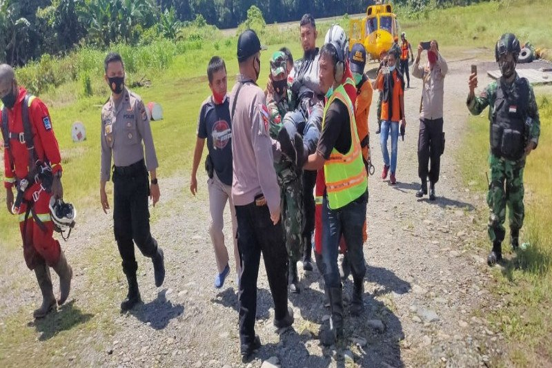 Kapolres AKBP Sonny: Tiga kru helikopter PT NUH dirawat di RSUD Nabire