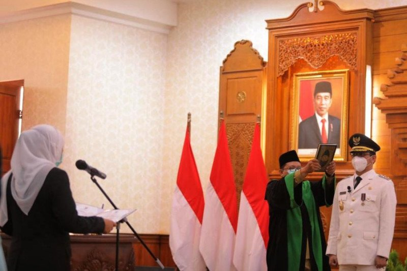 Gubernur Jatim lantik Raharto Teno sebagai Wali Kota Pasuruan