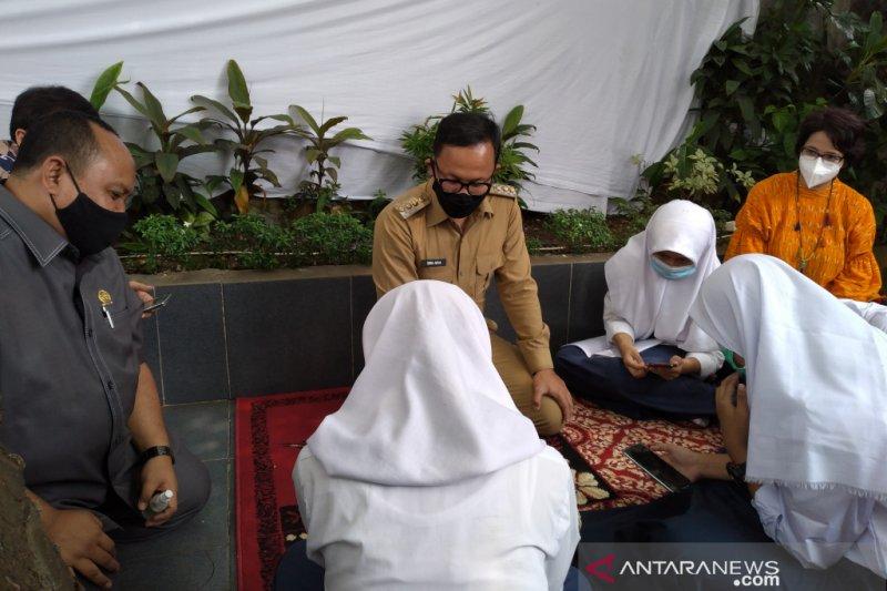Pemkot Bogor pasang wifi gratis di 797 RW bantu pelajar ikuti PJJ