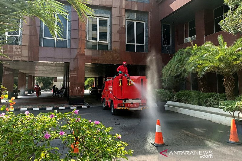 40 pegawai jalani swab dari hasil tracing di Kantor Wali Kota Jakpus
