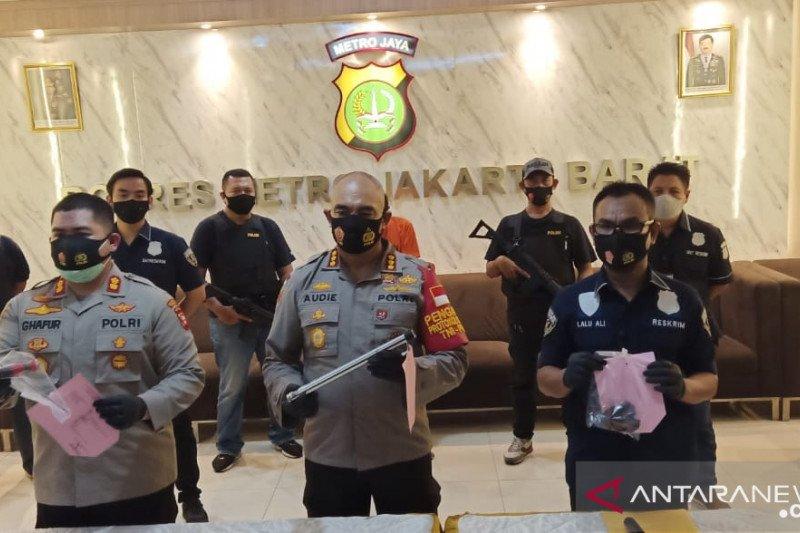 Geng copet Tamansari kerap beraksi di kawasan halte TransJakarta