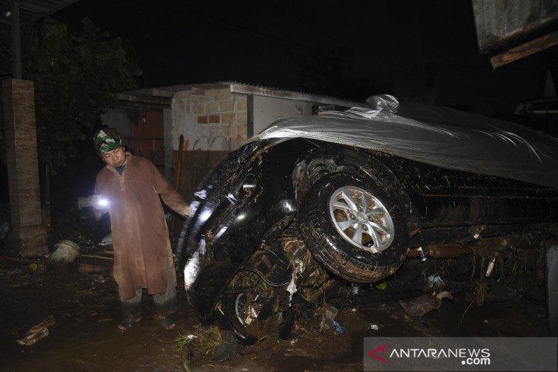 Banjir bandang di Sukabumi karena hujan lebat dipicu gelombang Rossby