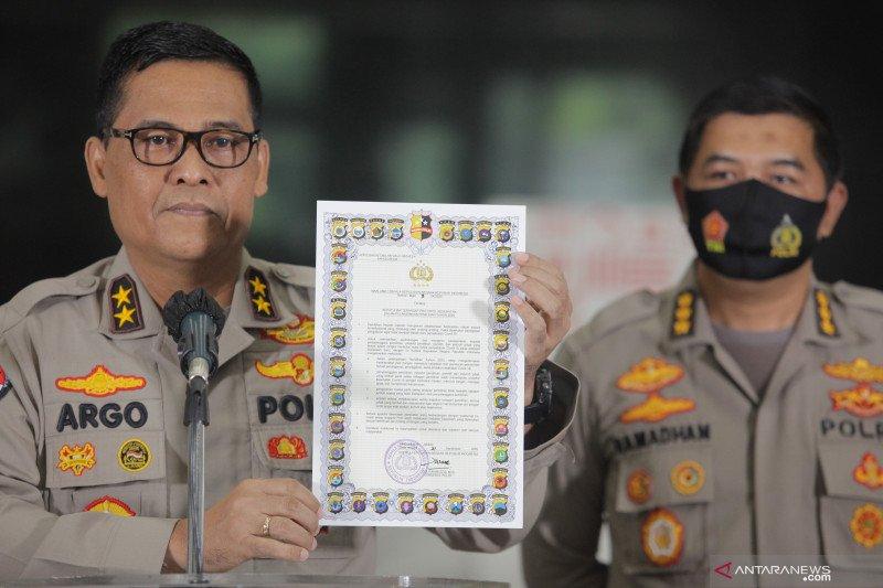 Hukum kemarin, politikus PKS dilaporkan polisi hingga maklumat Kapolri