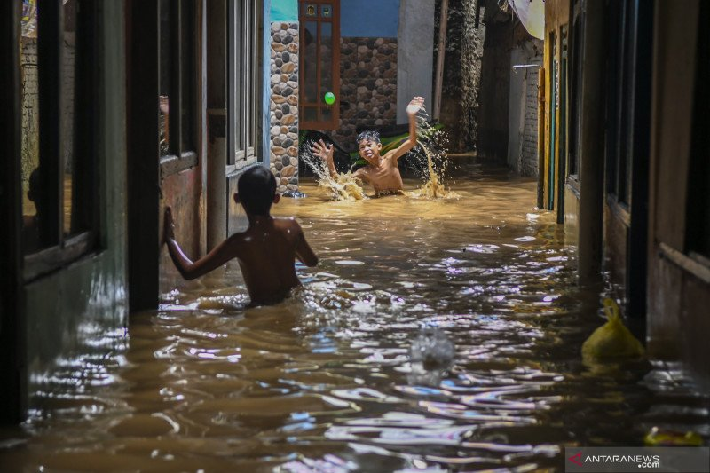Anies terbitkan Ingub 52/2020 percepatan sistem pengendalian banjir