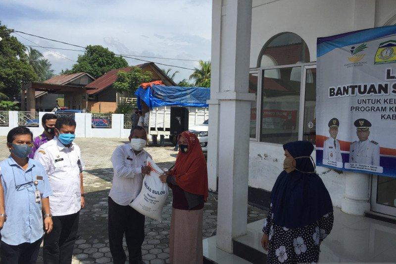 Aceh Besar luncurkan bantuan beras sosial untuk 21.116 KPM PKH