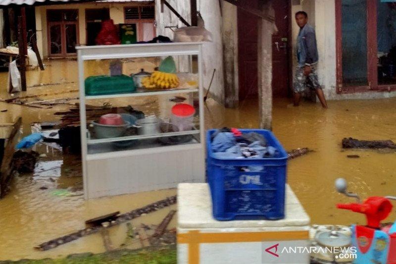 Banjir dan longsor terjang sembilan desa di Aceh Barat Daya